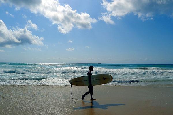 2,近海滩,泳池超赞    3,巴厘岛可落地签,拿上护照即可出行