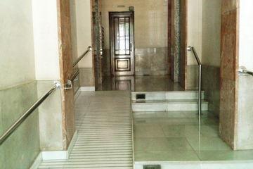 巴塞罗那佳家家庭旅馆